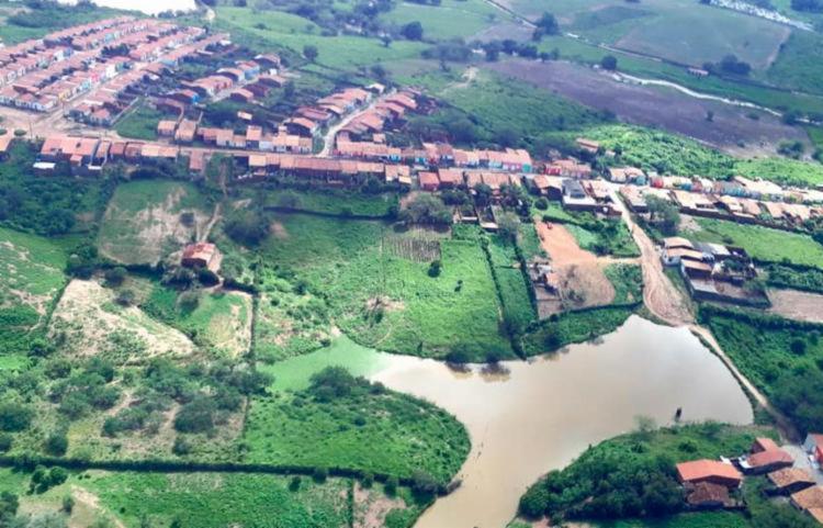 As cidades de Pedro Alexandre e Coronel João Sá sofreram com inundações após o rompimento da barragem Quati - Foto: Divulgação   GOVBA