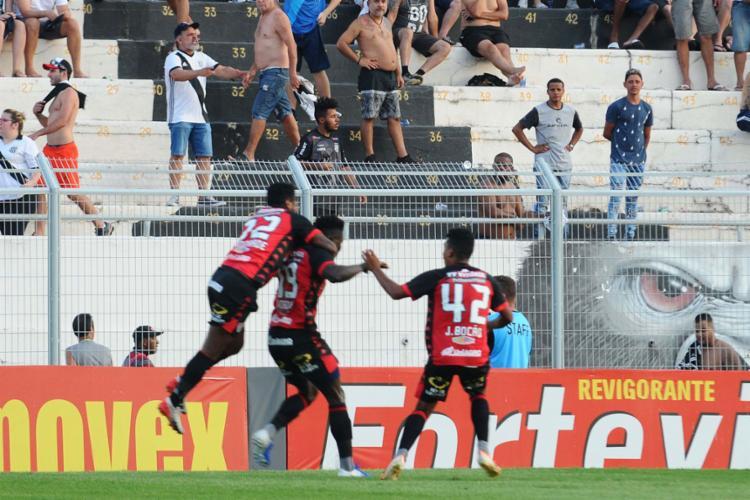 Caicedo marcou nos acréscimos e define o triunfo em Campinas - Foto: Wagner Souza | Futura Press | Estadão Conteúdo