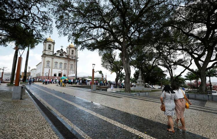 Intervenções na avenida Dendezeiros têm previsão de entrega para janeiro de 2020 - Foto: Joá Souza | Ag. A TARDE