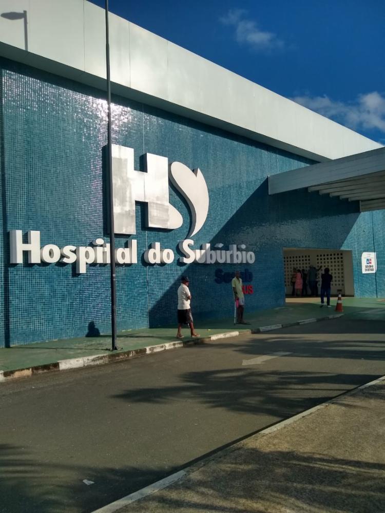 Mãe da criança está internada no Hospital do Subúrbio e já consegue conversar - Foto: Leo Moreira   Ag A TARDE
