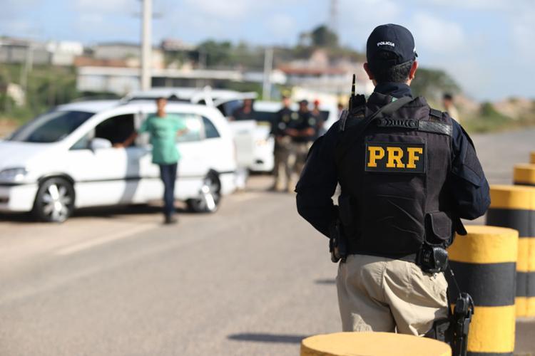 O flagrante aconteceu durante uma fiscalização da equipe policial de plantão - Foto: Joá Souza | Ag. A TARDE