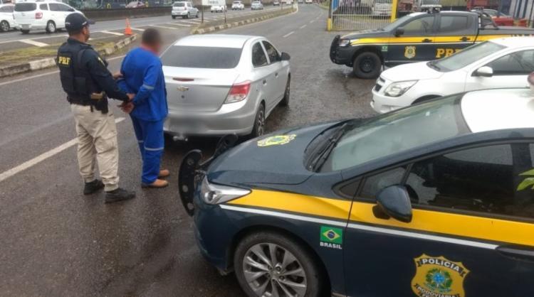O suspeito foi encaminhado para a Delegacia de Polícia Civil de Simões Filho - Foto: Divulgação | PRF
