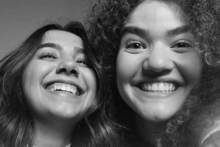 As cantoras iniciaram o trabalho musical em 2015, focando na cena folk MPB - Foto: Divulgação