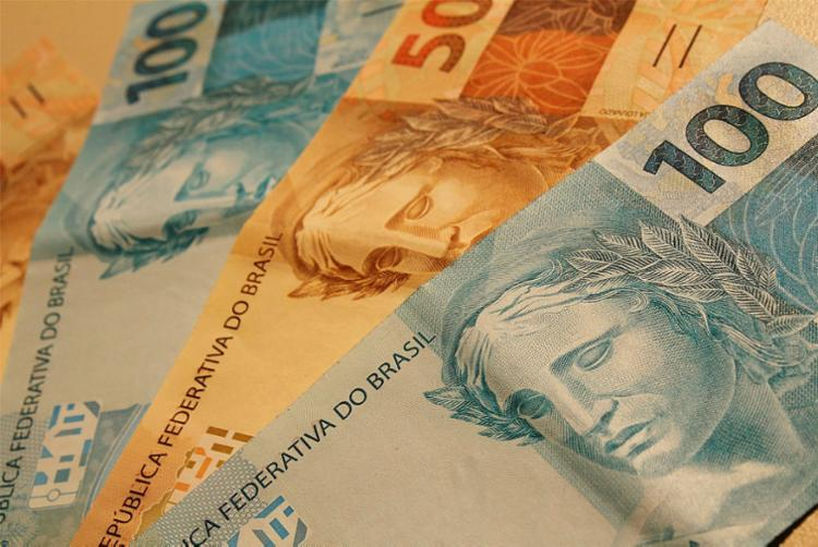 FMI ajustou a previsão de crescimento econômico em 2019 de 0,8% para 0,9% - Foto: Marcos Santos | USP Imagens