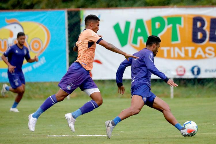 O jogo-treino terminou 2 a 1 para a equipe profissional, com gols de Lucca e Rogério - Foto: Felipe Oliveira | EC Bahia