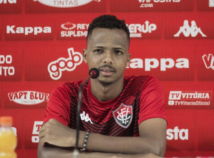 Romisson fez sua primeira partida com a camisa do Leão diante do Oeste - Foto: Letícia Martins | EC Vitória