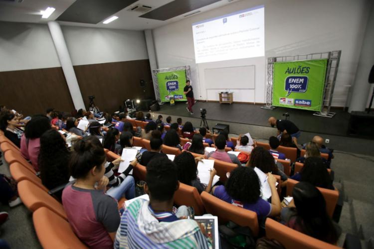 Mais de 5 milhões de alunos farão provas nos dias 3 e 10 de novembro - Foto: Raphael Muller | Ag. A TARDE | 19.8.2019