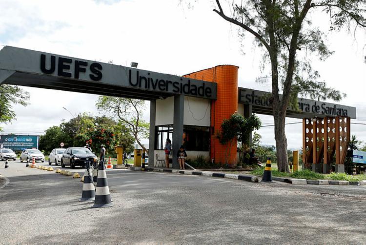 O caso aconteceu no local da Universidade conhecido como 'Praça do Pôr do Sol'. - Foto: Joá Souza / Ag. A TARDE