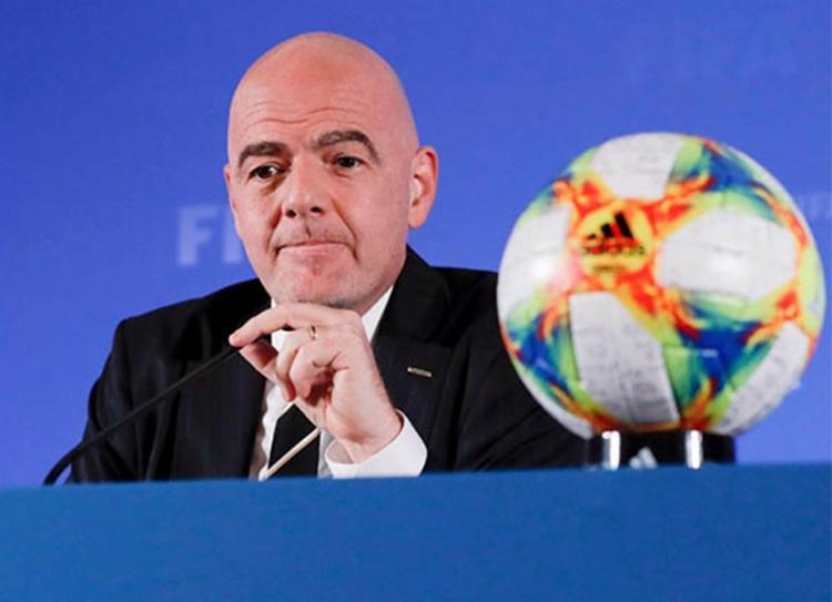 Decisão sobre como as 24 vagas para o torneio serão distribuídas foi adiada - Foto: Divulgação   FIFA