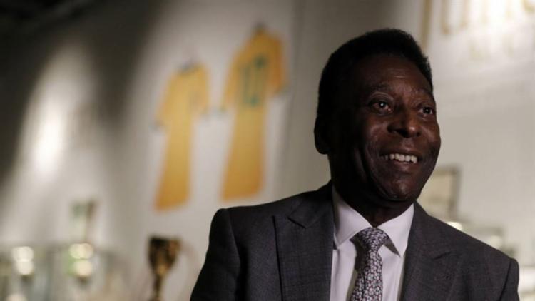 Aos 79, ele cumpre menos compromissos comerciais - Foto: Adrian Dennis | AFP