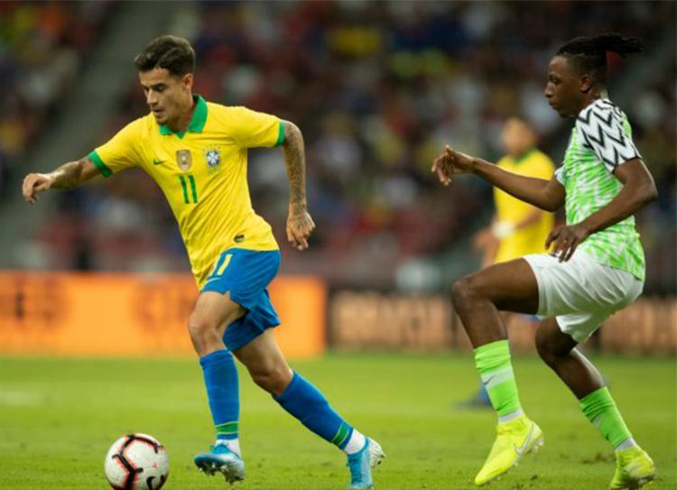 Equipe dirigida por Tite permanecendo em terceiro lugar, com 1.715 pontos - Foto: Lucas Figueiredo   CBF