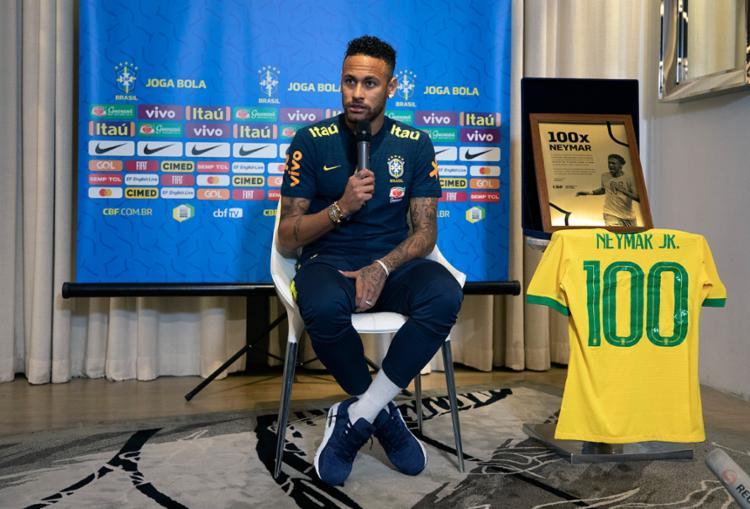 Defendendo a seleção desde 2010, Neymar vai completar cem jogos pela equipe no amistoso desta quinta-feira, 10 - Foto: Lucas Figueiredo | CBF