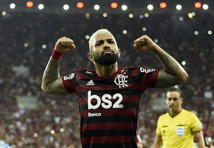 Gabriel comandou a vitória, com dois gols e participação nos três primeiros da partida - Foto: Mauro Pimentel | AFP