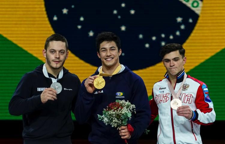 Com o primeiro ouro em mundiais na carreira, Nory engorda seu currículo, que já contava com uma medalha de bronze conquistada no solo na Olimpíada do Rio-2016 - Foto: Lionel Bonaventure | AFP