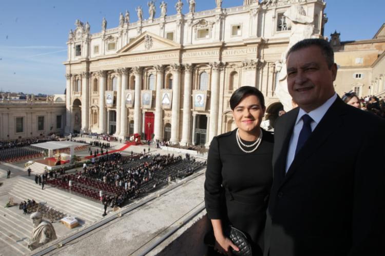 Governador estava acompanhado da primeira-dama do Estado, Aline Peixoto - Foto: Diego Mascarenhas | GOVBA
