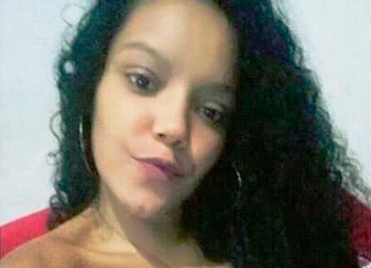 Jovem foi morta em casa após voltar de uma festa - Foto: Reprodução   Acorda Cidade