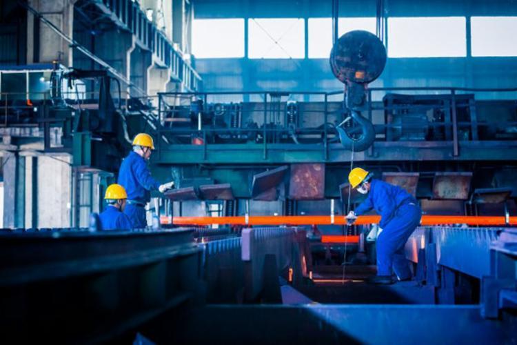 A fabricação de bens de capital estava 33,4% abaixo do pico de produção - Foto: Divulgação | Freepik