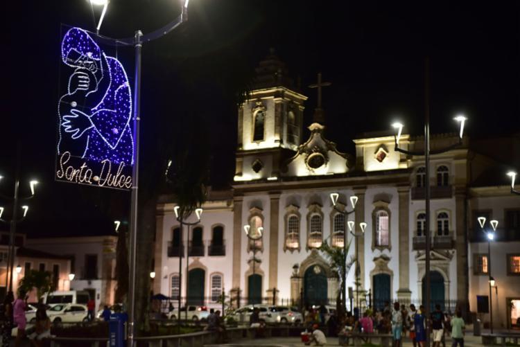 Foram instalados 20 enfeites luminosos localizados em diversos pontos turísticos da cidade - Foto: Max Haack | Secom