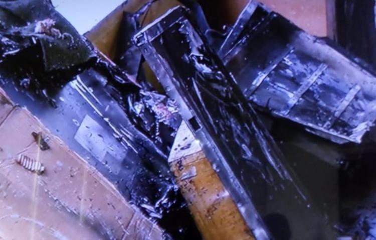 Incendio teria sido iniciado numa loja de conserto de eletrônicos - Foto: Reprodução / TV Record