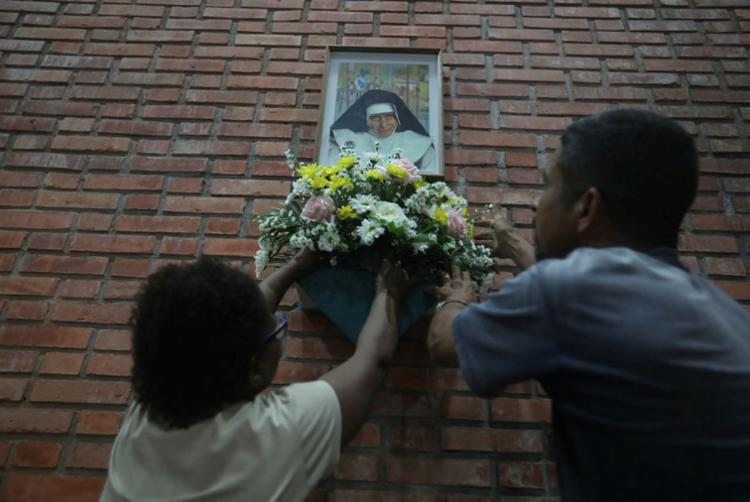 Irmã Dulce passa a ser chamada de Santa Dulce dos Pobres, tendo como data litúrgica o dia 13 de agosto - Foto: Felipe Iruatã | Ag. A TARDE