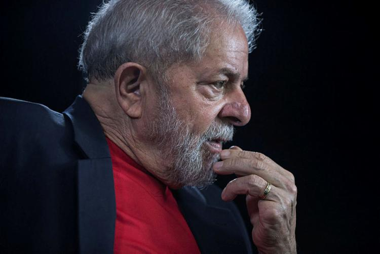Lula está preso na sede da PF desde a noite de 7 de abril de 2018 - Foto: Nelson Almeida | AFP