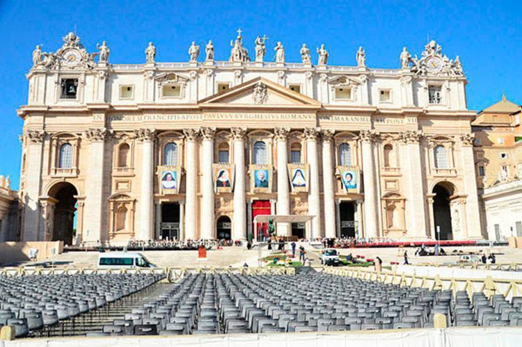 Grande Missa de canonização da Santa Dulce dos Pobres é celebrada pelo Papa Francisc - Foto: Walmir Cirne / Ag. A Tarde