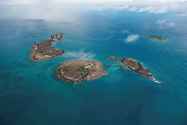 O Parque Nacional Marinho de Abrolhos, no litoral sul da Bahia pode ser um dos locais atingidos por vazamentos de petróleo - Foto: Luciano Candisani | iLCP