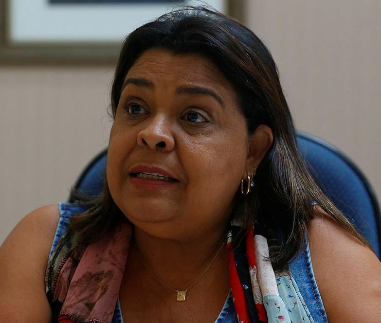Segundo a secretária de Saúde, município enfrenta uma série de dificuldades