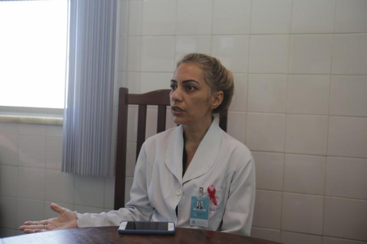 """""""Esses pacientes deveriam ser atendidos no posto, mas isso não acontece"""" Gabriela Barreto, gerente de operação"""