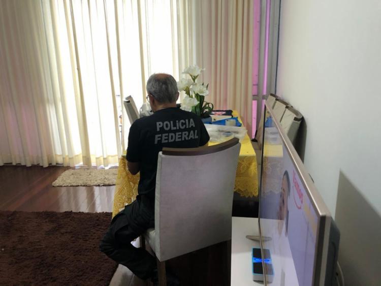 Agentes estiveram em apartamento da Barra - Foto: Divulgação   Polícia Federal