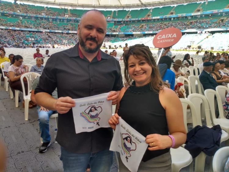 Antônio e Cristiane Bitati saíram de São Paulo para Salvador, para participar da celebração - Foto: Bianca Carneiro   Ag. A TARDE