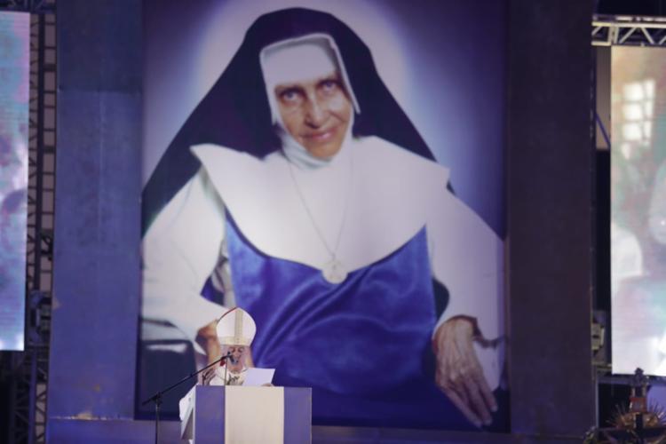 O arcebispo lembrou momentos importantes da vida de Santa Dulce - Foto: Raul Spinassé   Ag. A TARDE