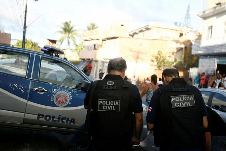 Sindicato dos Policiais Civis do Estado afirma que os disparos foram efetuados por suspeitos de tráfico de drogas na região - Foto: Joá Souza | Ag A TARDE