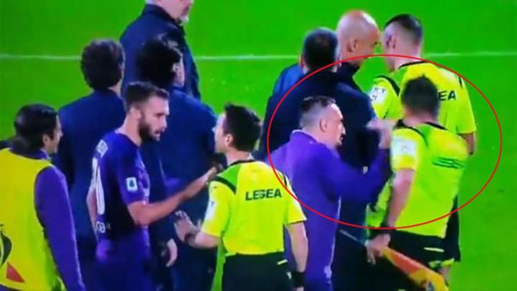 Além da suspensão e do cartão vermelho, Ribéry, de 36 anos, também foi multado em 20 mil euros (cerca de R$ 88,4 mil) - Foto: Reprodução | YouTube