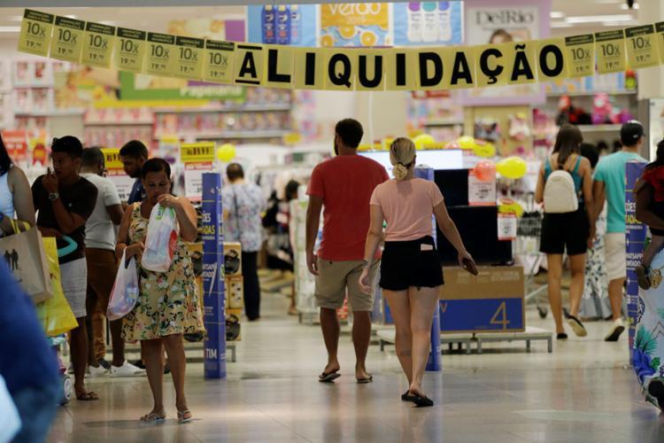 O crescimento nas vendas no acumulado do ano ficou acima do esperado pela entidade | Foto: Adilton Venegeroles | Ag. A TARDE - Foto: Adilton Venegeroles | Ag. A TARDE