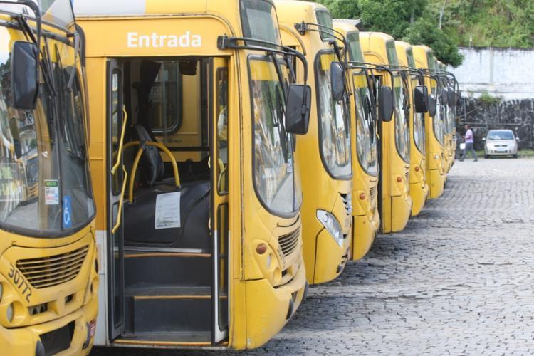 A previsão é de que os coletivos sigam circulando normalmente em Salvador - Foto: Luciano da Matta | Ag. A TARDE