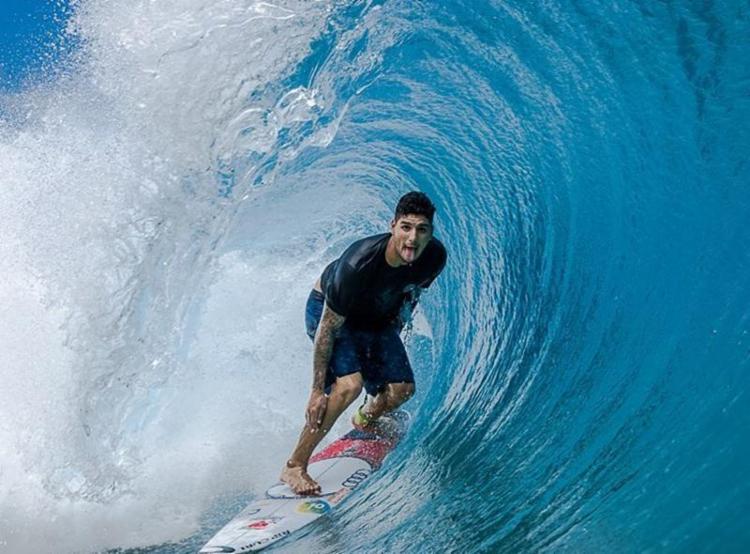 O brasileiro Gabriel Medina vai em busca do seu tricampeonato mundial - Foto: Henrique Pinguim