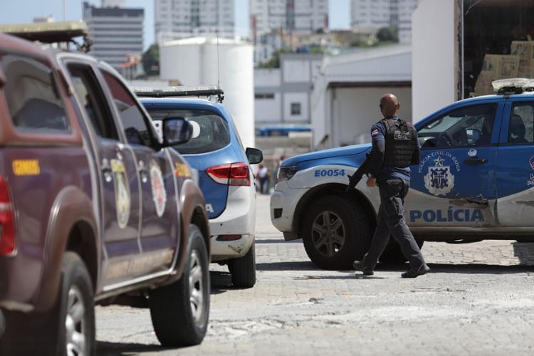 O policial militar Tiago Ribeiro Simões morreu após ser baleado no fim da manhã de terça-feira, durante um tiroteio no Shopping da Gente, em Salvador - Foto: Joá Souza | Ag. A TARDE