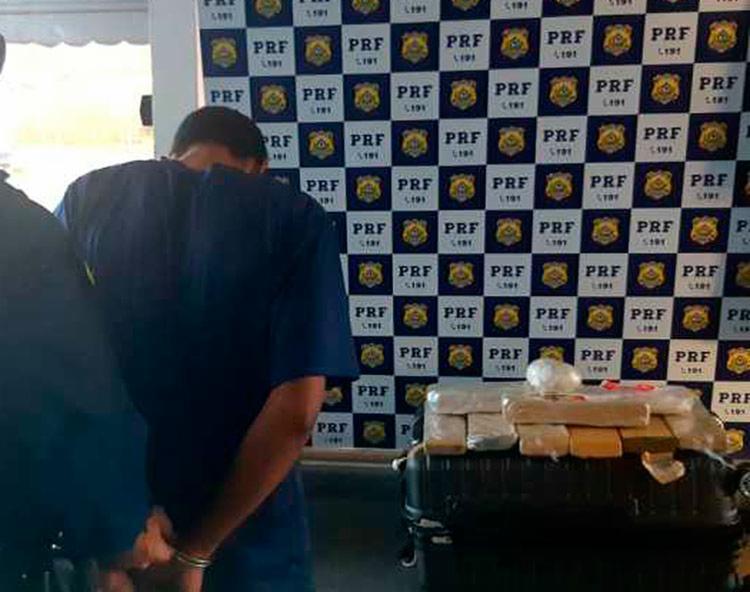 Suspeito afirmou que revenderia o entorpecente no Ceará - Foto: Divulgação | PRF