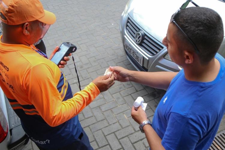 O período limite de 12 meses foi estabelecido pela Superintendência de Trânsito de Salvador (Transalvador) - Foto: Bruno Concha | SECOM