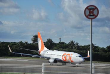 Chuva forte causa cancelamento de voos no Aeroporto de Salvador | Felipe Iruatã | Ag. A TARDE
