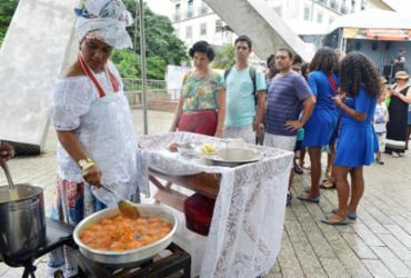 Trabalho das baianas de acarajé pode se tornar patrimônio histórico de Salvador | Shirley Stolze | Ag A TARDE