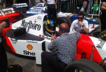 Bruno Senna se diz ansioso para dirigir McLaren de Ayrton: 'Queria acelerar mais' | Reprodução | Twitter