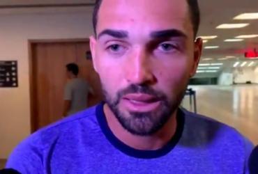 Após declarar amor ao Flamengo e repercussão negativa, Gilberto se retrata em vídeo | Reprodução | Twitter