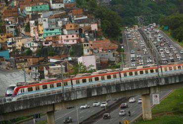 Após interrupção, linha 2 do Metrô volta a funcionar com velocidade reduzida | Rafael Martins | Ag. A TARDE