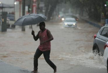 Céu nublado e chuvas isoladas devem permanecer em Salvador até a quarta-feira | Raul Spinassé | Ag. A TARDE