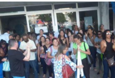 Funcionários protestam em frente ao Hospital Roberto Santos | Divulgação | Sindisaúde