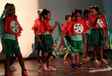 Racismo é tema de penúltimo encontro do ano do Projeto Mais Infância | Camila Souza | GOVBA