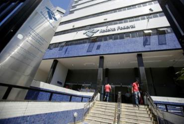 Receita abre consulta ao sexto lote do Imposto de Renda | Joá Souza | Ag A TARDE