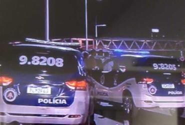 Suspeito de roubar carro é baleado e morre na avenida Paralela |